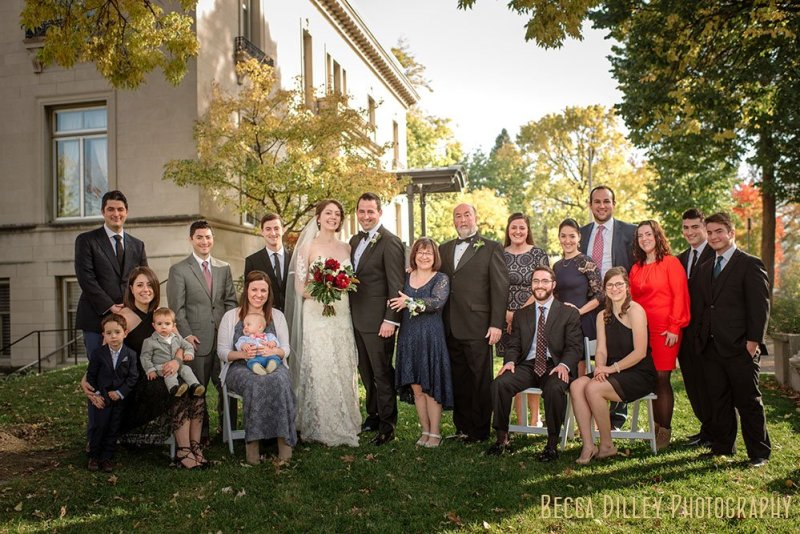 Large family Minneapolis Gale Mansion Wedding