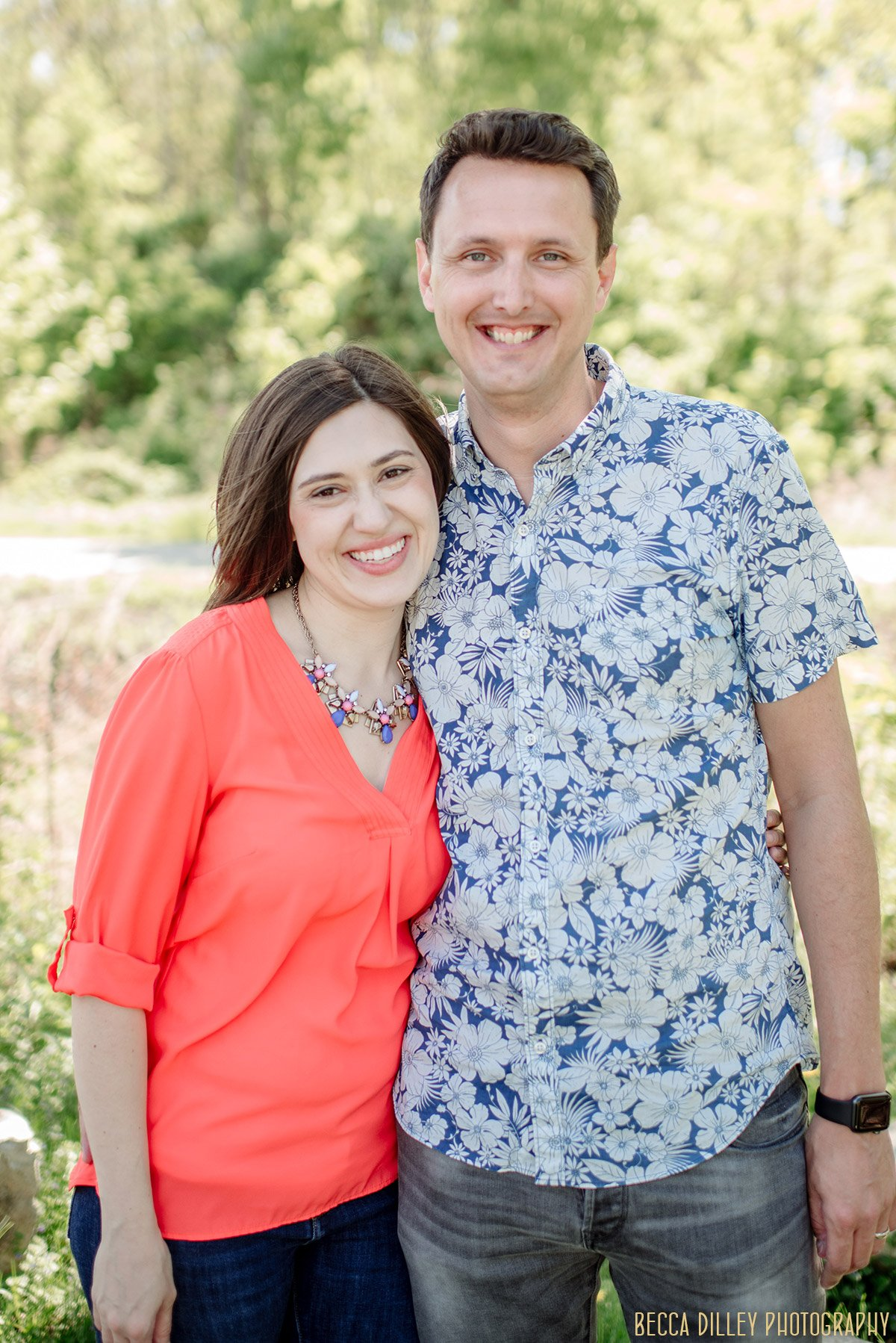 photo of parents by Minneapolis family photographer