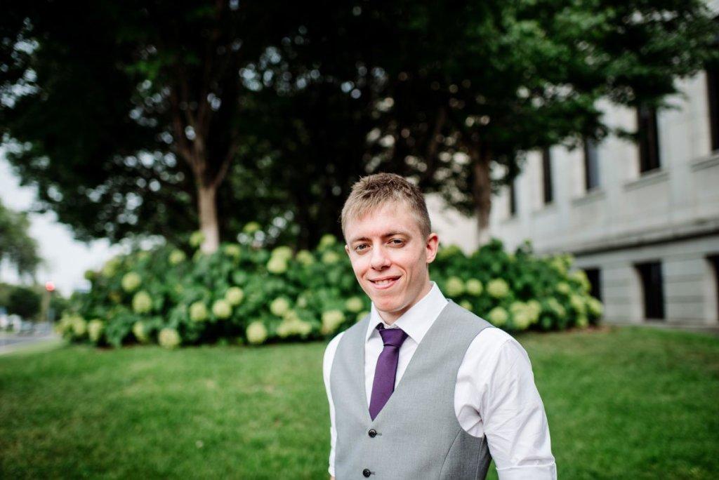 groom at Minneapolis Institute of Art
