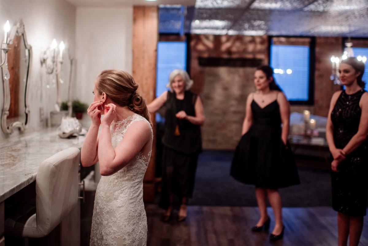 bride getting ready at Minneapolis Event Center