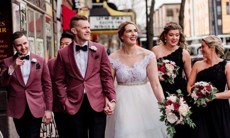 wedding party walks in dinkytown casually loring restaurant wedding minneapolis