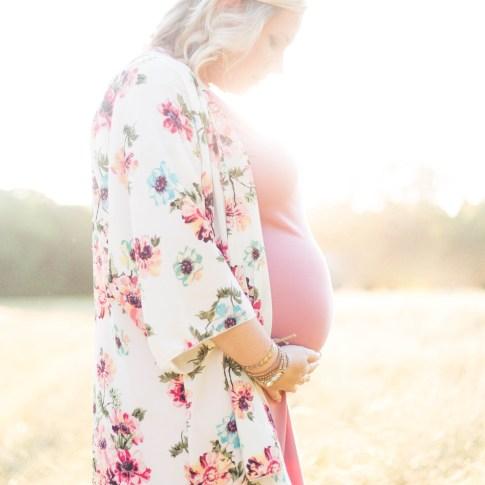 Maternity | Becca Sue Photography - beccasuephotography.com