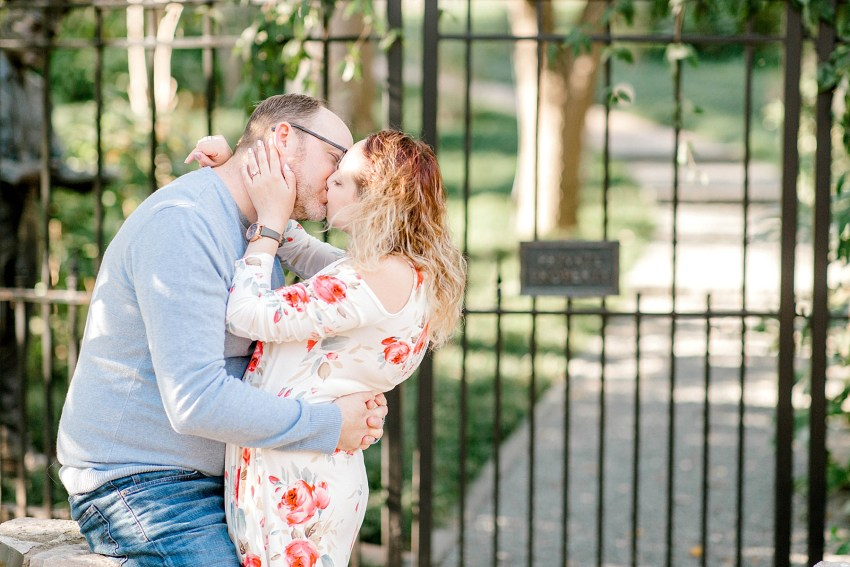Bright and Bubbly Spring Engagement Session - Dallas, Texas