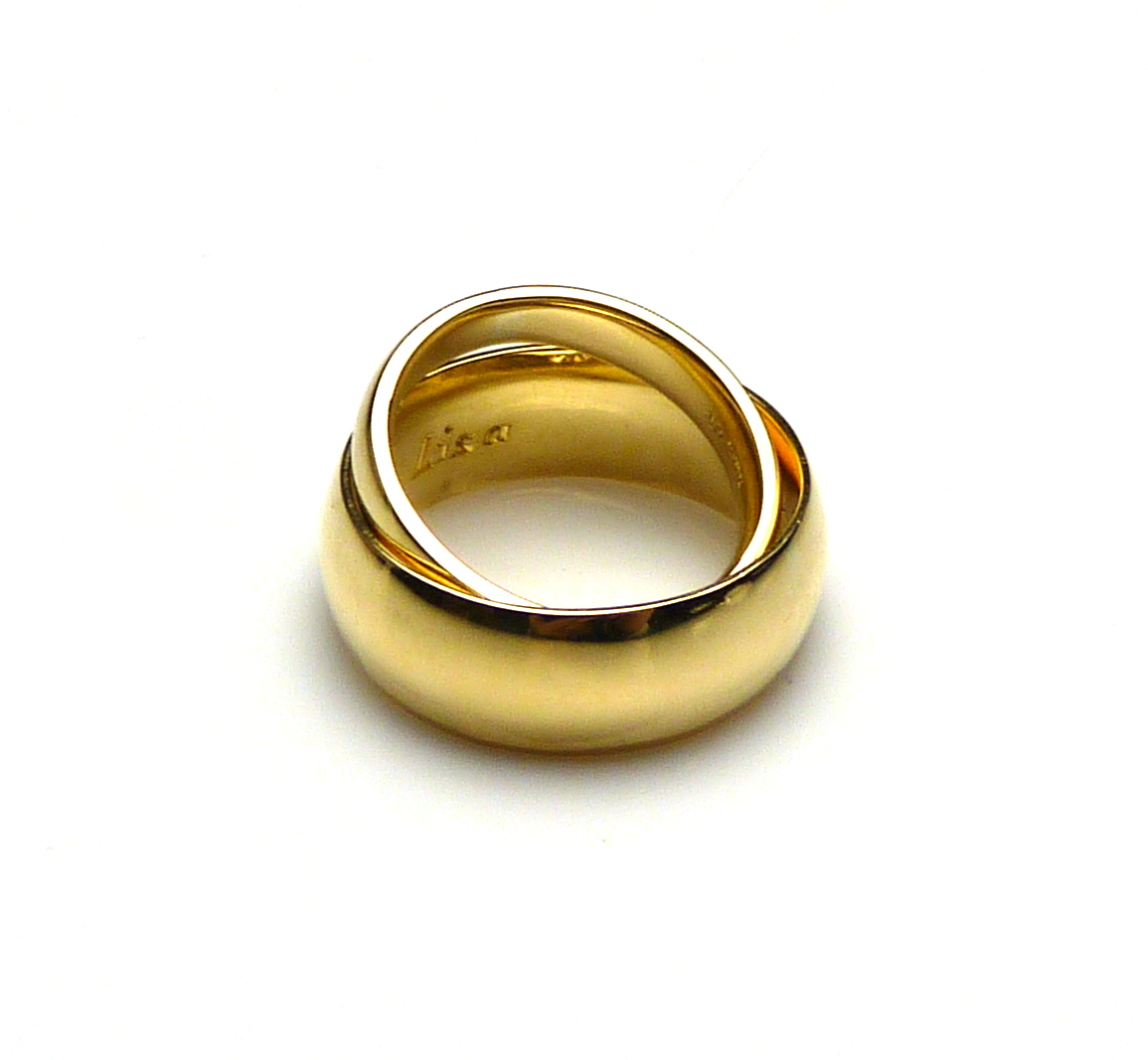 Lisa and Mick's 18ct Yellow Gold Wedding Bands