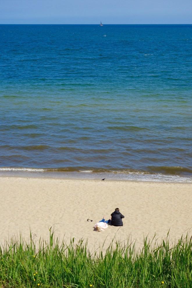 Positivt med att vara på stranden i maj: det är inte så många andra där.