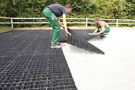 Ecoraster installation permeable surface for driveways