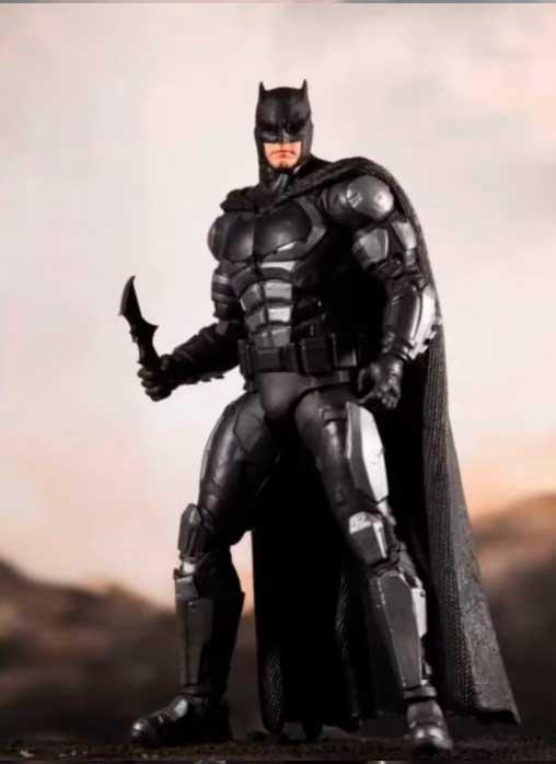 Justice-League-Snyder-Cut-McFarlane-Toys-batman