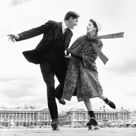 Suzy Parker with Robin Tattersall, dress by Dior, Place de la Co
