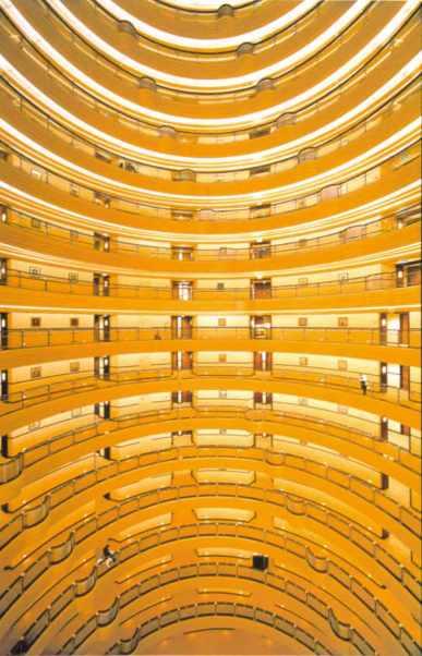 gursky Shanghai larger