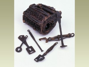 Vikings who settled in York, UK made this lock and keys between 850 and 950 CE.