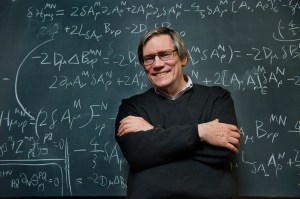 Photograph of Alan Guth by Deanne Fitzmaurice (National Geographic).