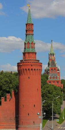 Marco Ruffo designed the towers that punctuate the Kremlin wall, including Beklemishevskaya Tower, at the corner of the southeastern side of the Kremlin on the Moscow River.