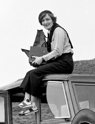 A 1936 photograph of Dorothea Lange by Donal Partridge.
