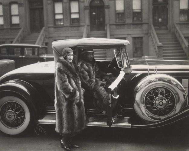 van der zee - Harlem Couple (1932)