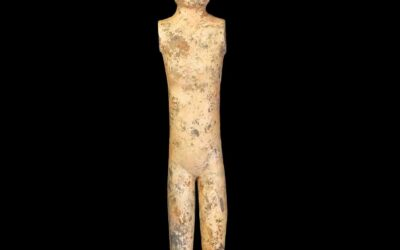 A Han Dynasty Grey Pottery Stick Lady