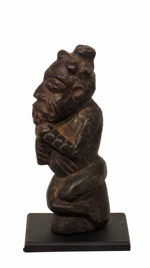 Rare-Large-Stone-Kissi-Figure