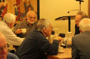 Becketwood Members enjoying animated discussions at breakfast