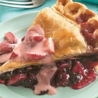 Apple Blueberry Pie with Fresh Strawberry Sauce