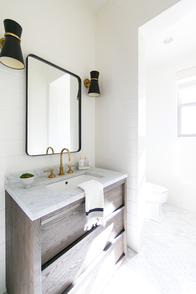 Estillo Project Modern Coastal Powder Roombecki Owens