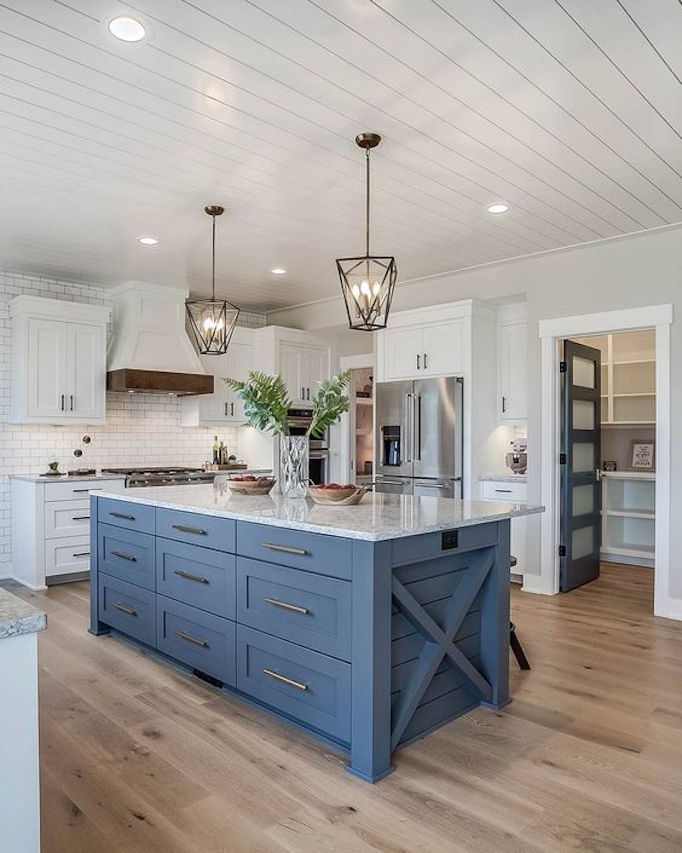 BECKI OWENS Two Tone Kitchen Design Trend