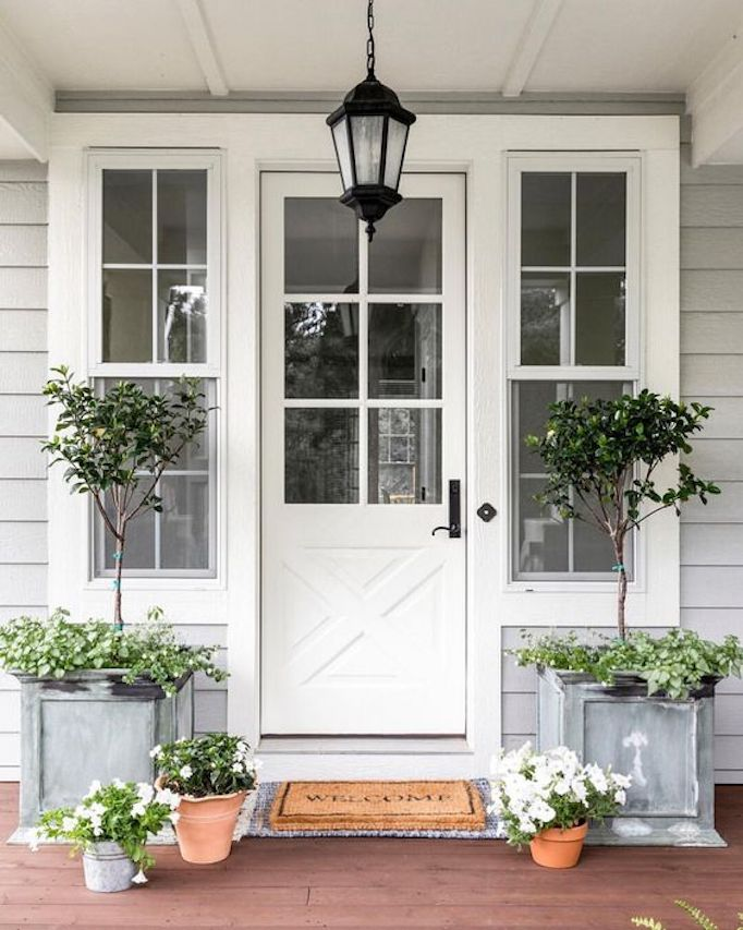 Spring Curb Appeal Front Porch Planters Becki Owens