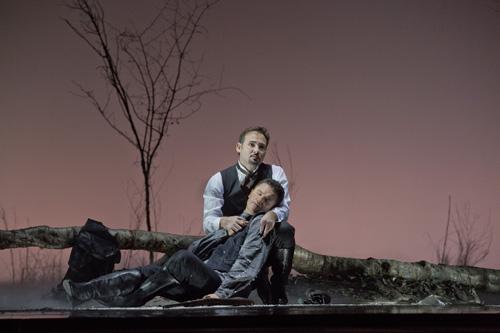Mariusz Kwiecien (Onegin) and Piotr Beczała (Lensky) © Ken Howard/Metropolitan Opera