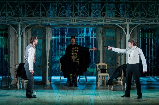 Robert Anthony Gardiner (Lensky) and Brett Polegato (Onegin) © Robert Workman
