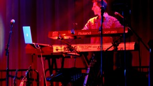 Tom Brooks playing keyboards