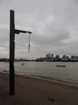 gallows-on-the-beach