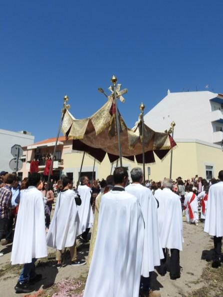 Procession 14
