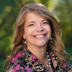 ReAnne Thayne author photo