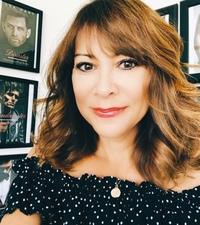Lea Hart author photo