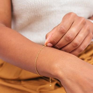 Figaro Chain Bracelet - Gold