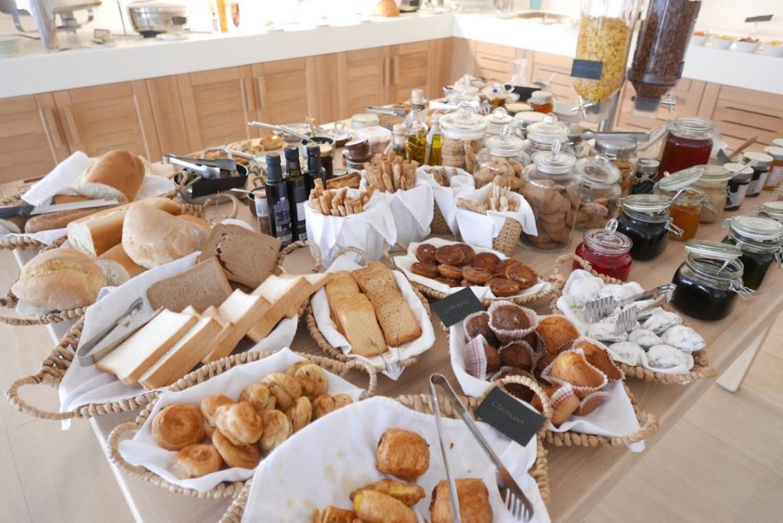 mykonos-nissaki-breakfast-3