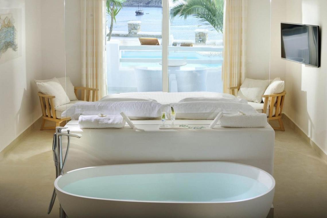 nissaki-room-bath