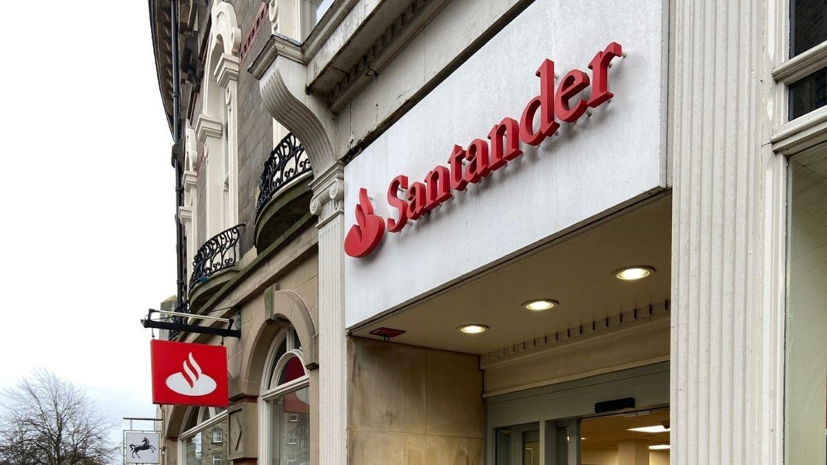 Santander cuts interest on 123 account