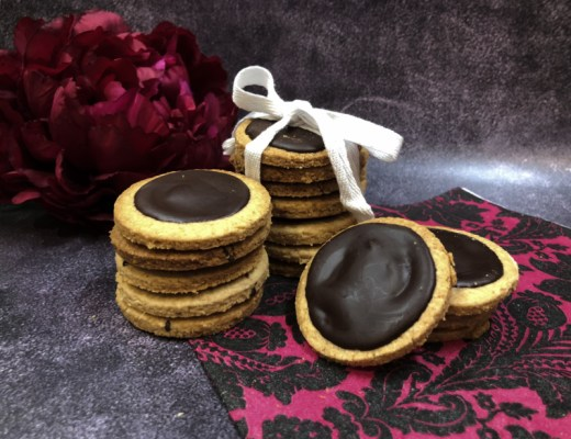 Chocolate Wheaten Biscuits Thermomix style | becs-table.com.au