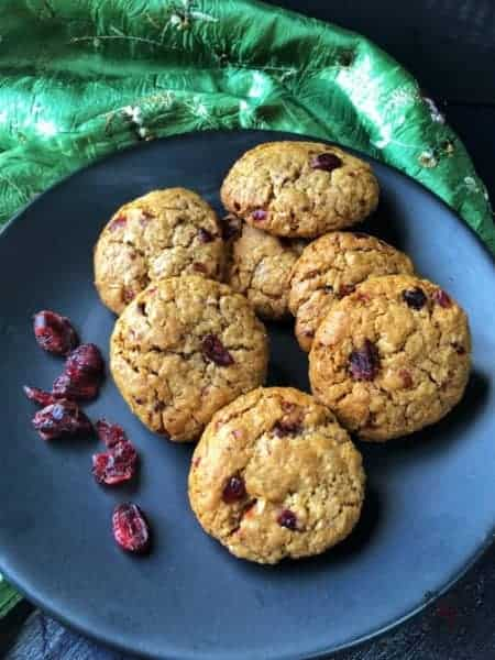 A plate with Cranberry Golden Syrup cookies
