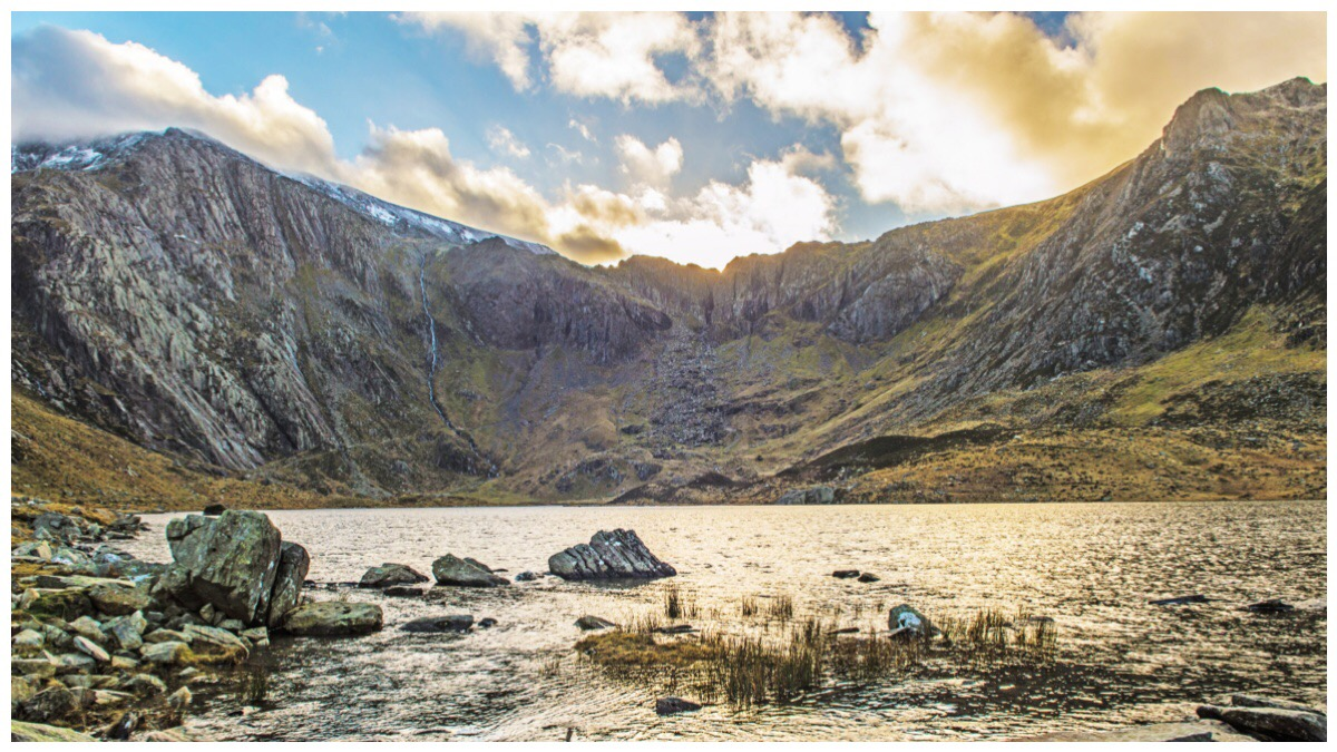 Llyn Idwal (lake) in the foreground and the Glyderau mountain range in the background