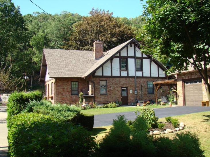 tudor rose bed and breakfast watkins glen ny - Tudor Rose Bed and Breakfast - Watkins Glen, NY