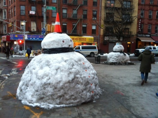If the Chinatown snowman doesn't come back this year, literally everything's ruined. (Photo: Angelo Fabara)