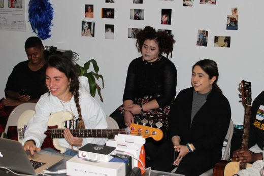 Studio Recording Workshop with Arianna Maya Gil and participants (image courtesy of Recess)