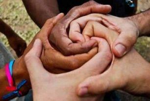 Harabeye Dönmüş Dünyamızda Önemli Bir Haslet: Birlik ve Beraberlik