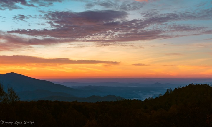 Blue Ridge Hazy Gold Morning & Golden Temple (1 of 1)-3