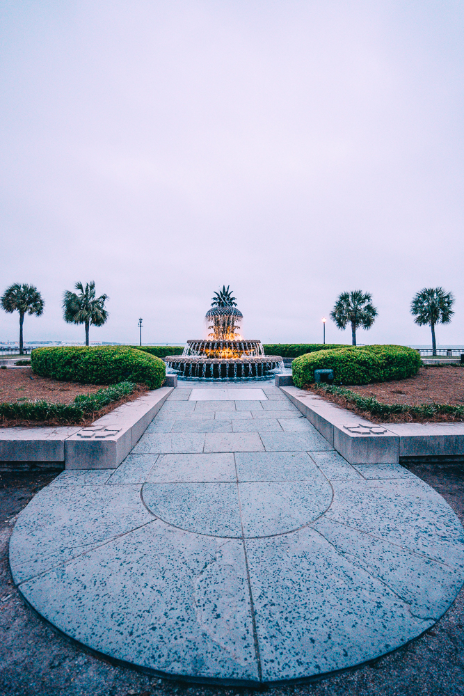 Looking for things to do in Charleston, South Carolina? From the famous Pineapple Fountain and more. Check out these 11 things that you'll want to do during a trip to Charleston.
