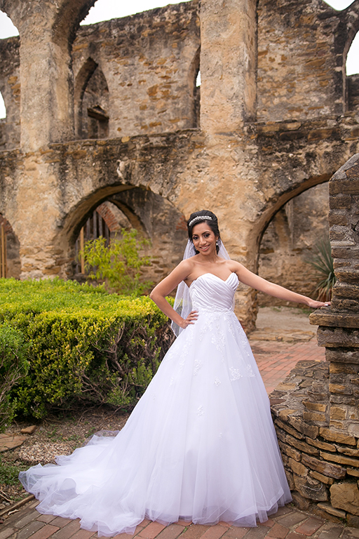 san antonio missions bridal session