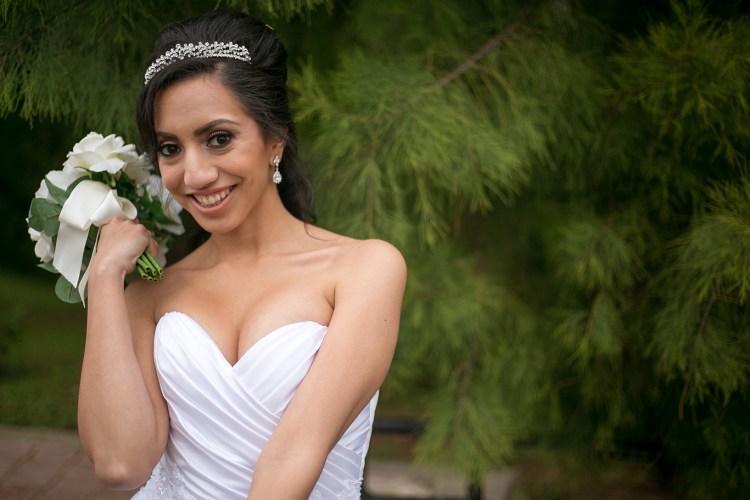 bridal photo pose san antonio