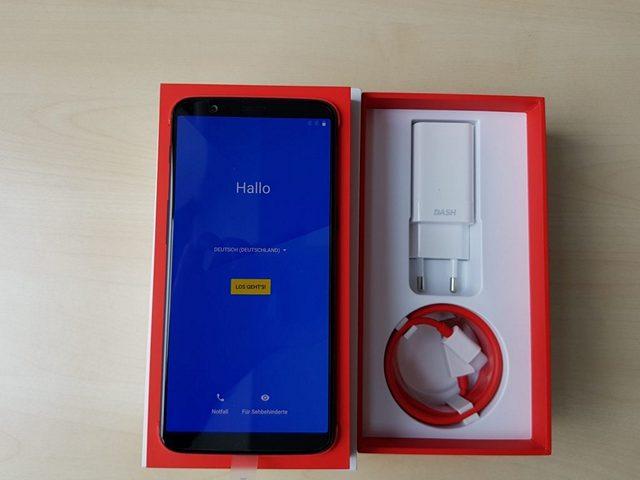 OnePlus 5T Box