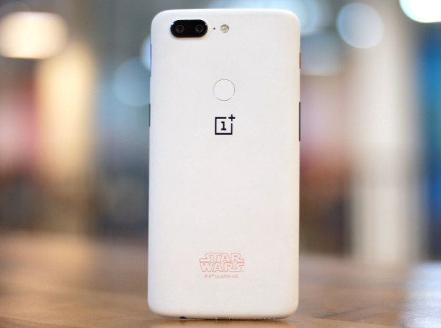 oneplus 5t rear white