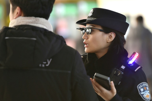 chinese police hightech glasees